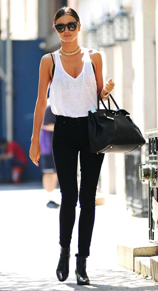 FAVORITE HIGH-RISE JEANS - Sea of Shoes